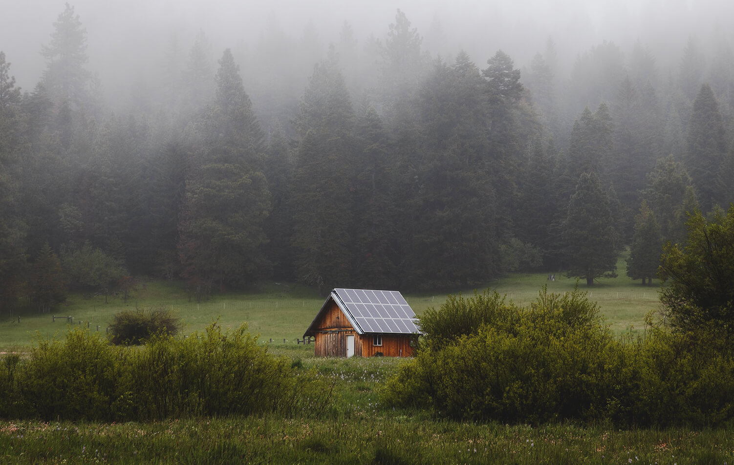 A lone cabin in the countryside