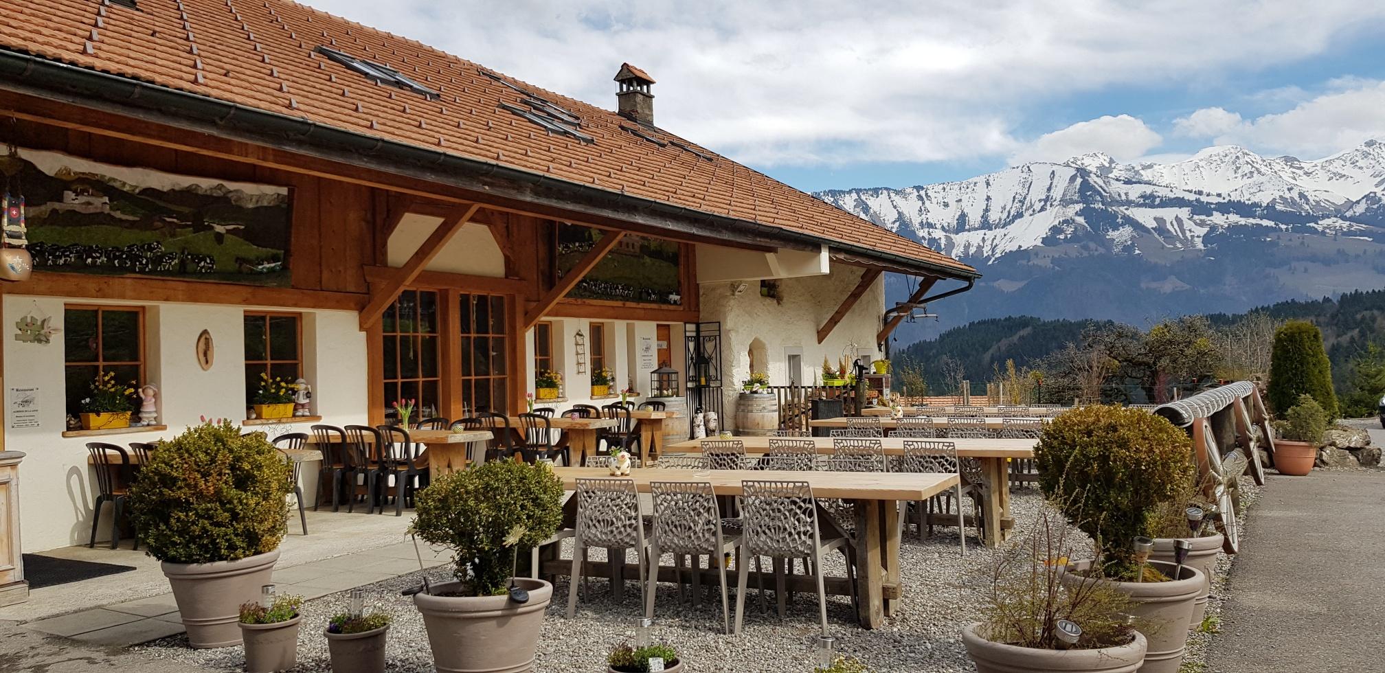 Terrasse du restaurant de La Loue