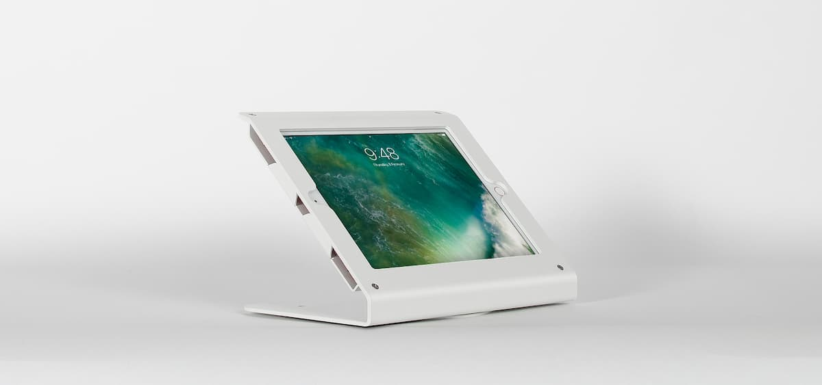 The Edge tablet mout