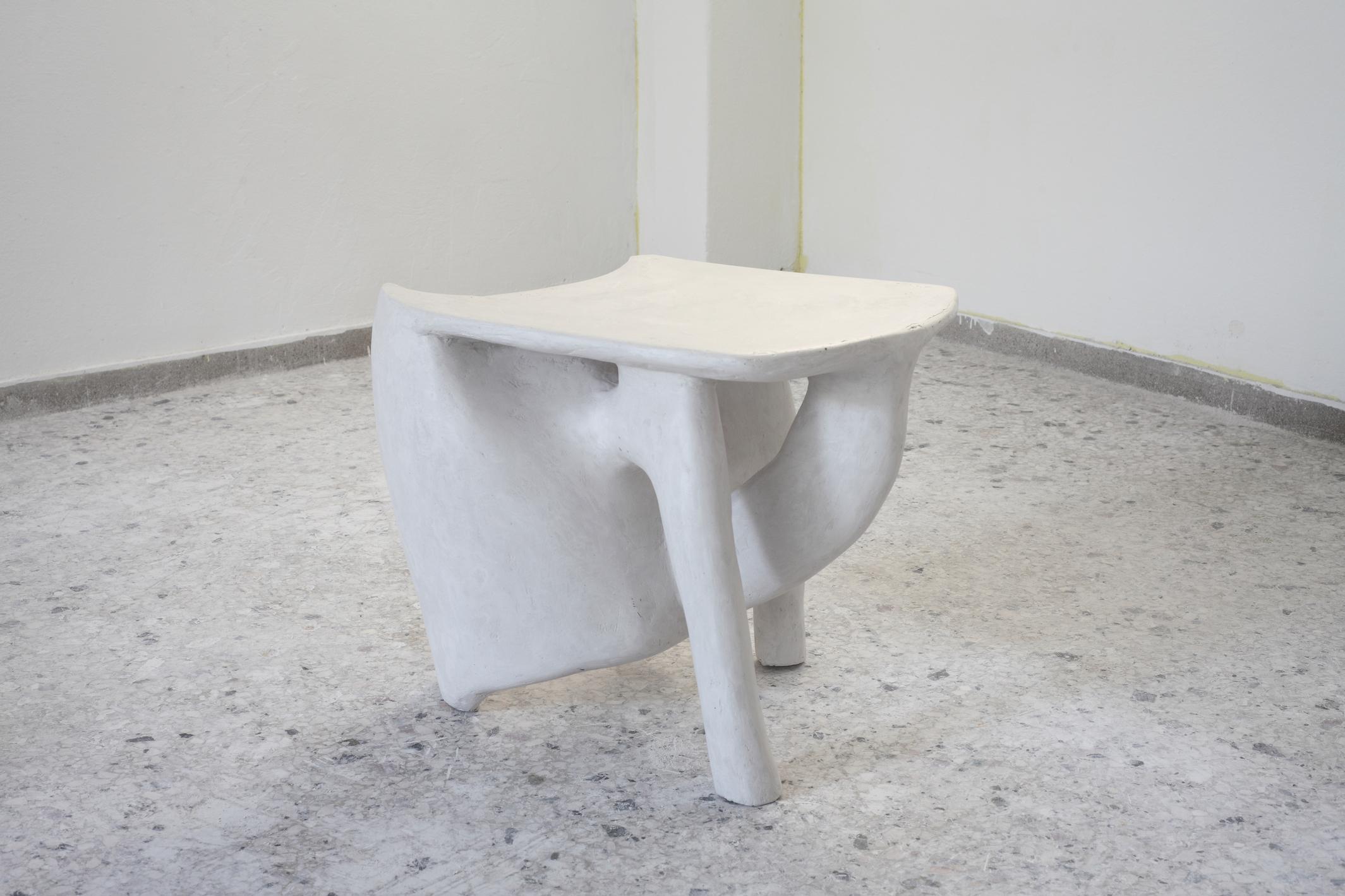 Tripod Side Table (Gypsum)
