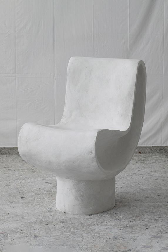 L Chair