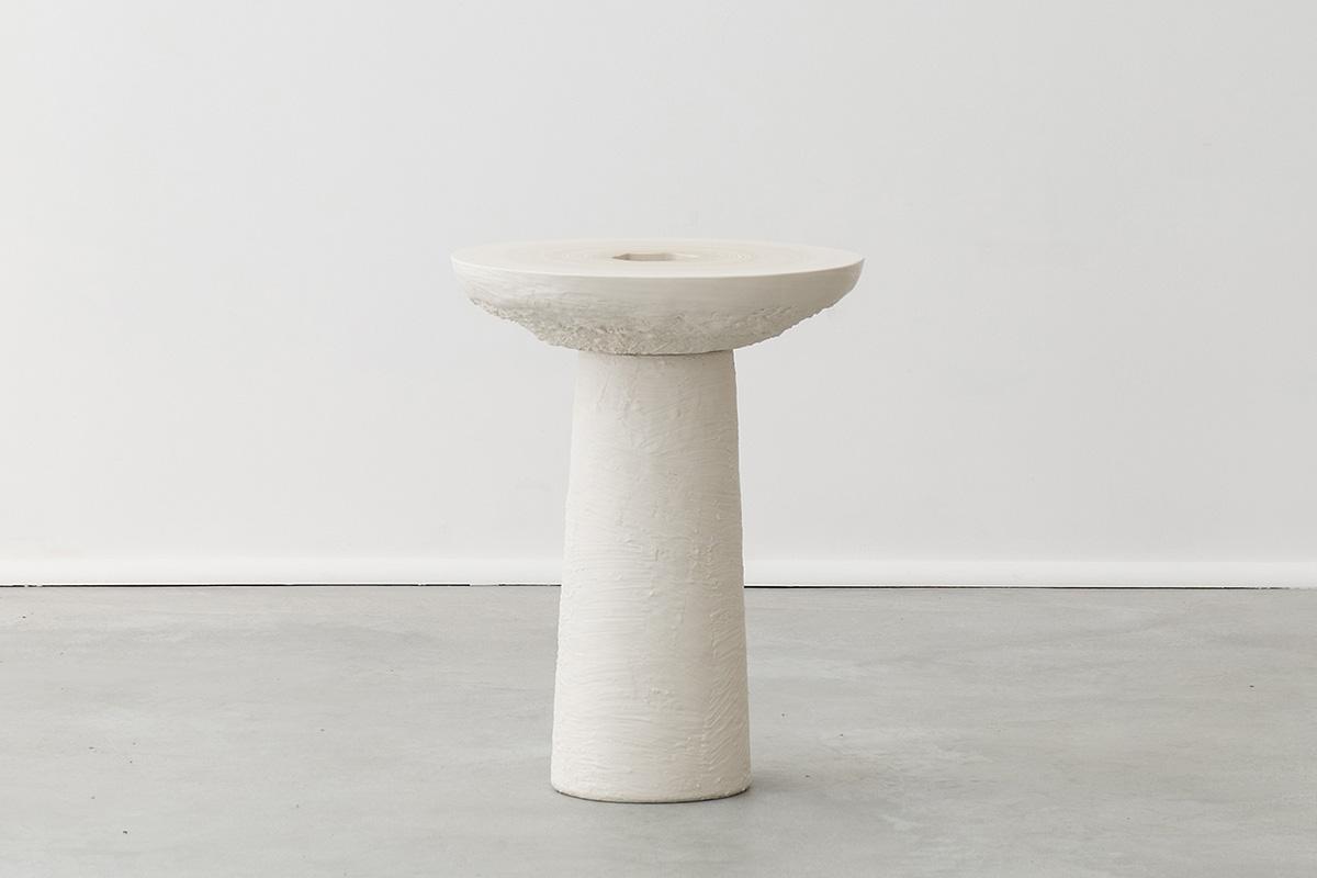 Fuzz Slice Table (White to Cream)