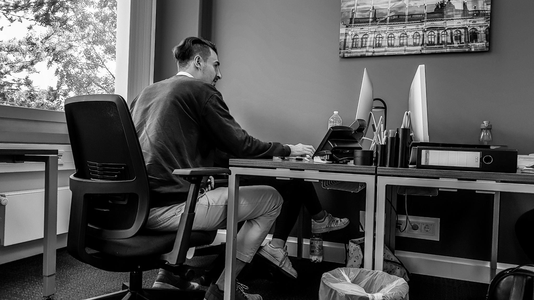 Der Alltag in einer Digital Consulting Marketing-Agentur wie bei OneSix DC.