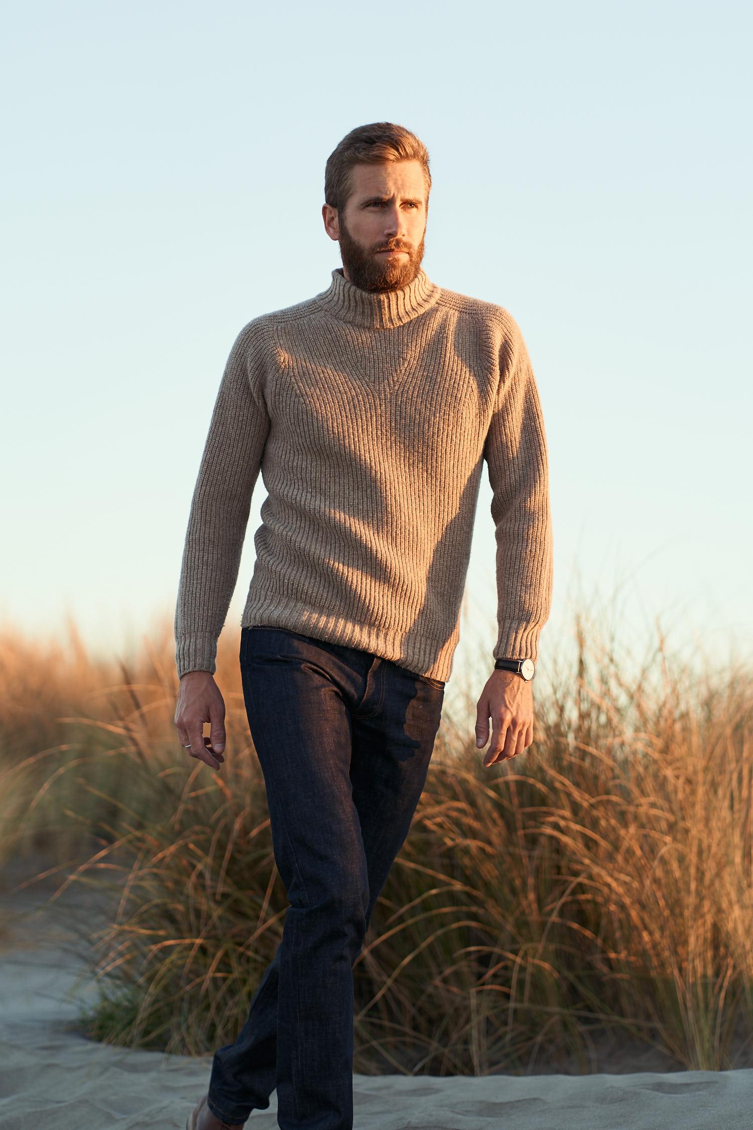 Pull-over 100% laine de Mérinos d'Arles, tricoté en France dans le Tarn. Made In France