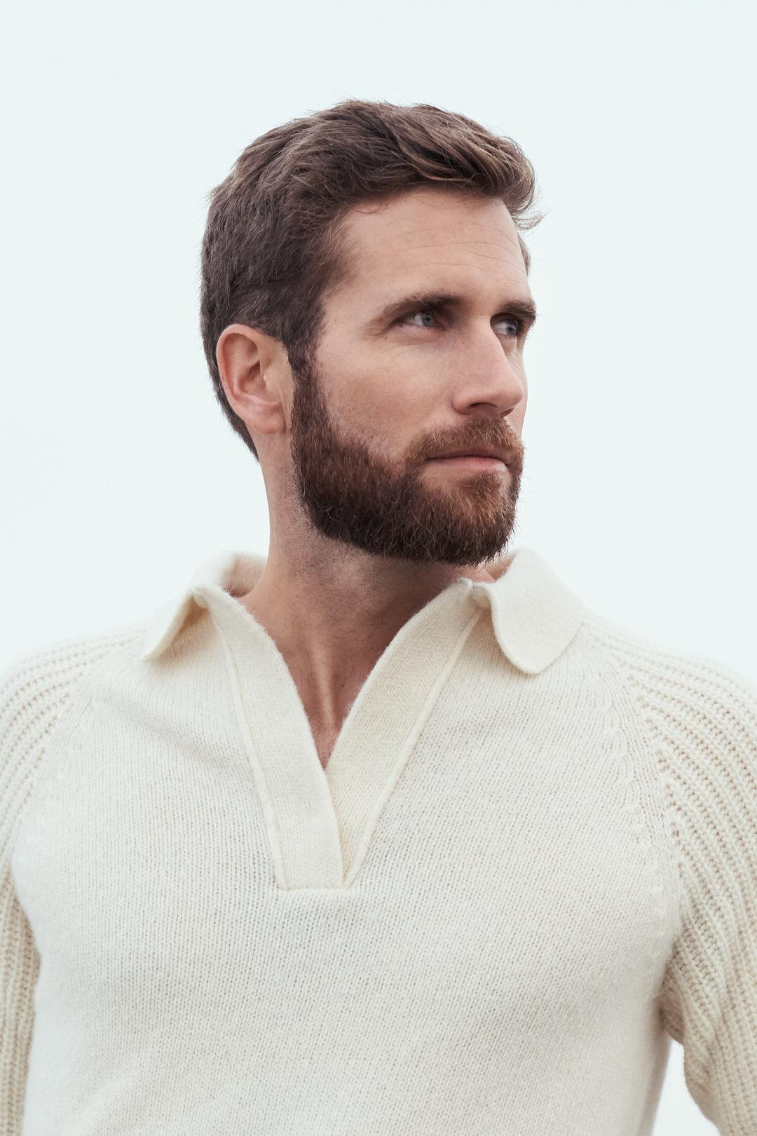 portrait d'homme avec un pull en laines mérinos made in France