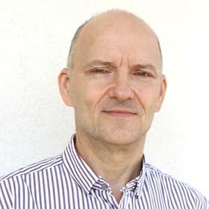 Dr. Przemysław Kapała