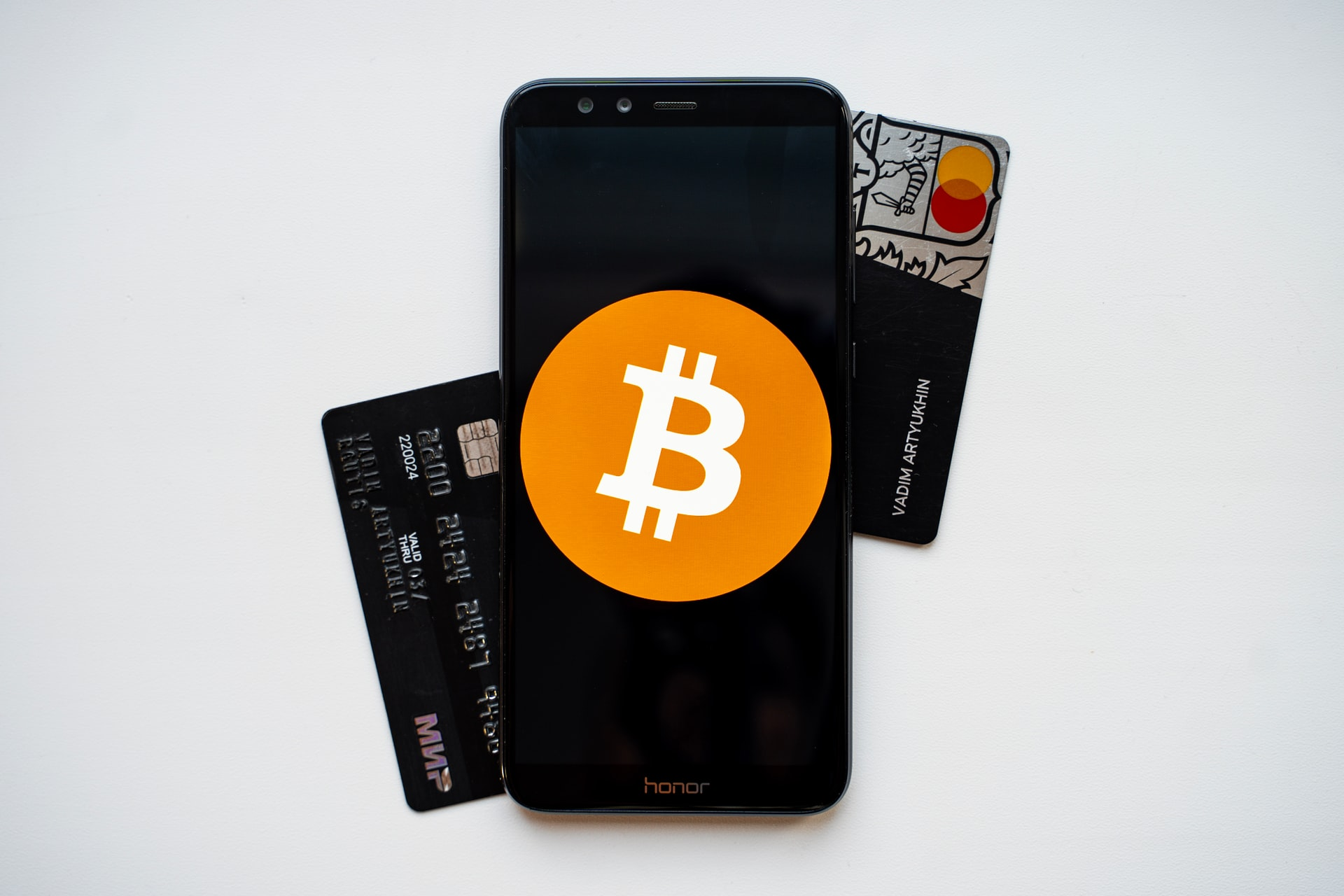 NerdCloud launches crypto payments and credit card payments with Utrust & Stripe