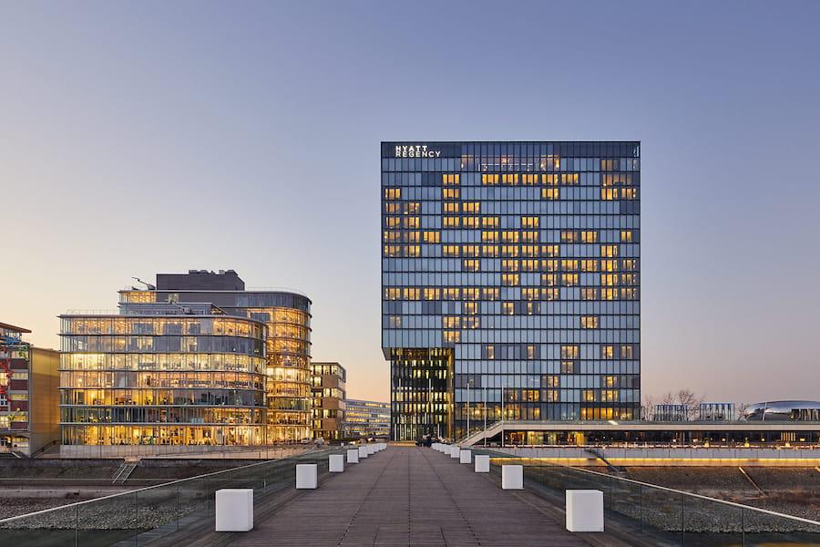 HYATTHotel, Architekturfotografie in Düsseldorf © Philip Kistner