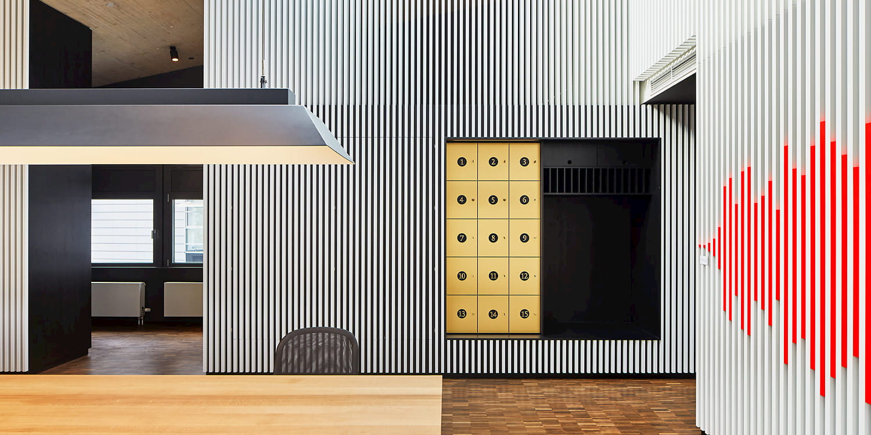 Büro im Medienhafen, Architekturfotografie in Düsseldorf © Philip Kistner