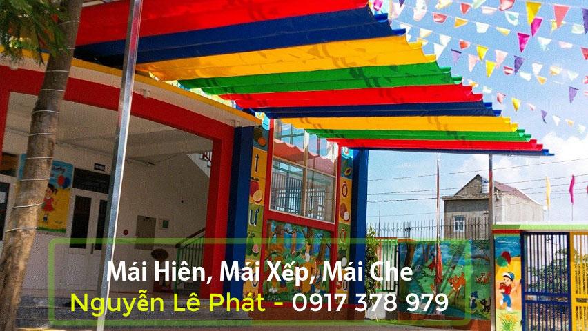 Tại công ty Mái xếp Nguyễn Lê Phát hiện đang sở hữu; rất nhiều mẫu Làm mái hiên, mái xếp, mái che di động tại hóc môn đẹp