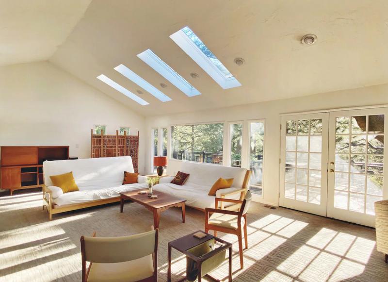 Sponstayneous Weekly Airbnb Deals 03/17