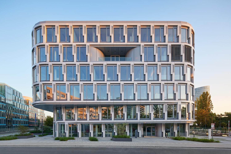 Infinity Office Düsseldorf für DIC Asset AG © PHILIP KISTNER