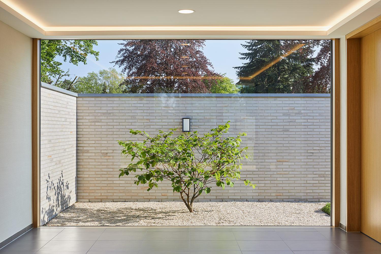 Architekturfotografie, sanierte Friedhofskapelle in Ahaus @ Philip Kistner