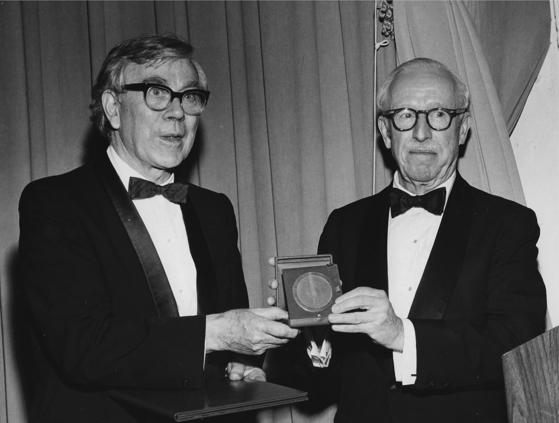 George Rickey receives the Skowhegan School Painting and Sculpture Medal from Lloyd Goodrich, Advisory Director of the Whitney Museum of Art, New York, NY,1973
