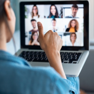 10 Tips to Network Online