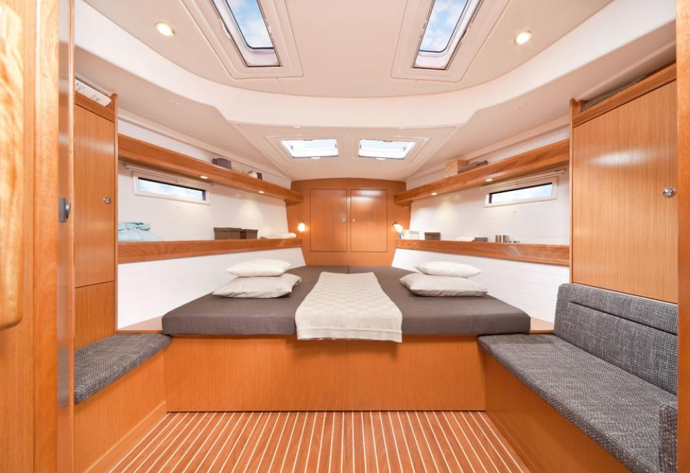 YACHT REMODEL + RESTYLE