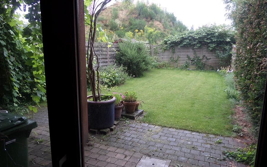De tuin van de woning