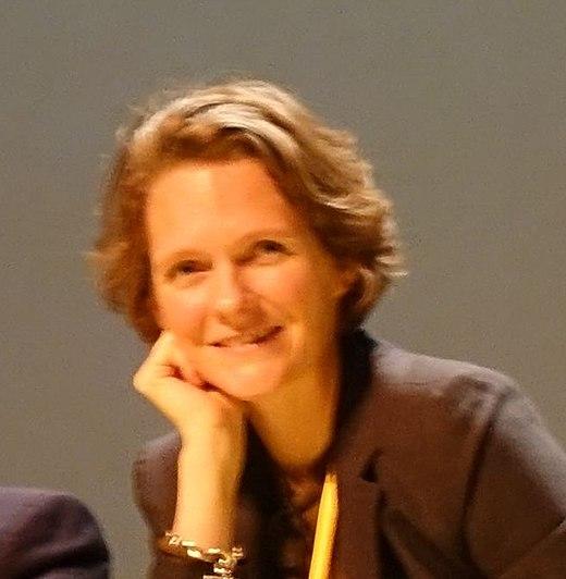 Claire Nouvian, militante écologiste et présidente de BLOOM, soutient l'association Un Bout du Monde