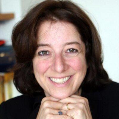 Anya Schiffrin, directrice du département de technologie, médias et communications de la Columbia University's School of International and Public Affairs nous a rejoint dans la lutte pour l'indépendance des médias en soutenant Un Bout du Monde.
