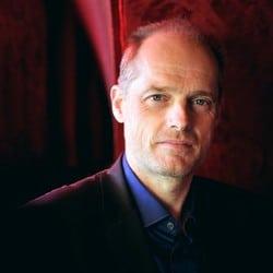Le journaliste d'investigation Fabrice Lhomme soutient l'association Un Bout du Monde