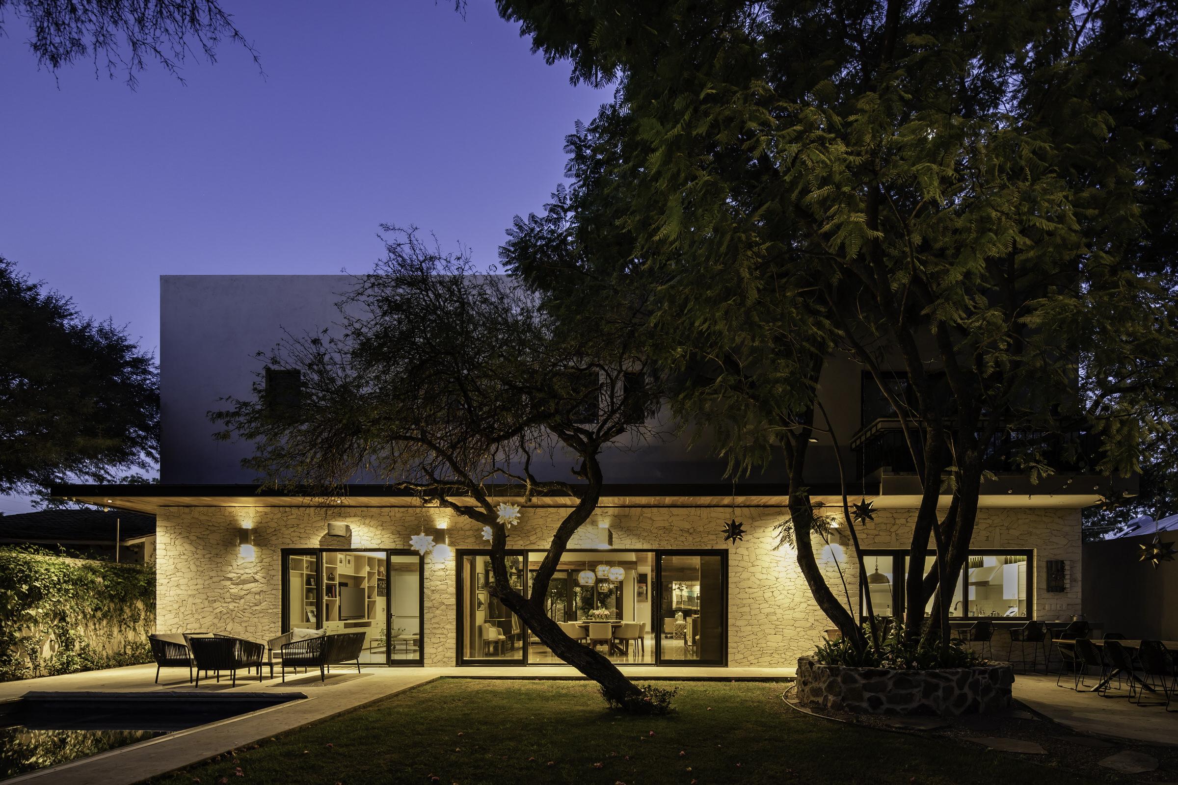 LOZ House