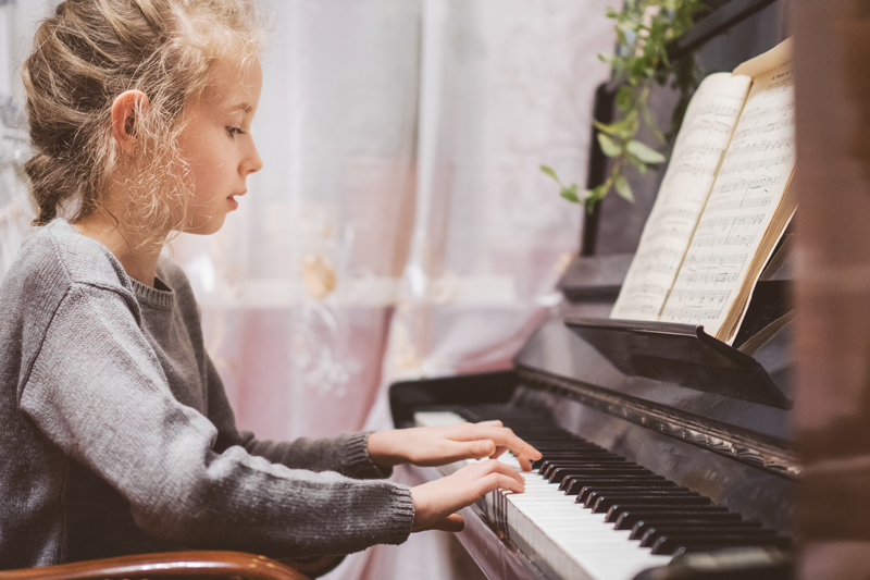 piano lessons may apple