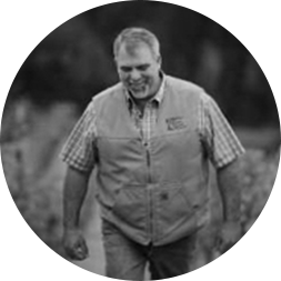 Paul Ardzrooni farms Doc's Ranch Vineyard.
