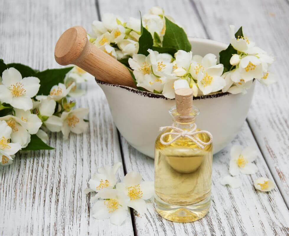 Mùi hoa nhài trong nước hoa kích dục