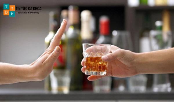 Hạn chế uống rượu bia khi không cần thiết