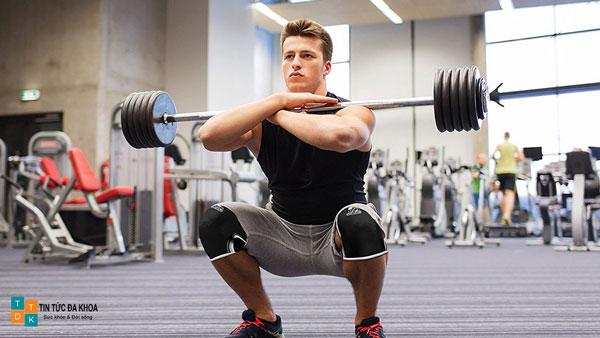 Bài tập squat tăng cường sinh lực