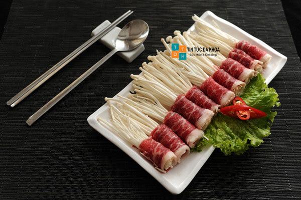 Bò cuộn nấm kim châm tăng sức khỏe sinh lý