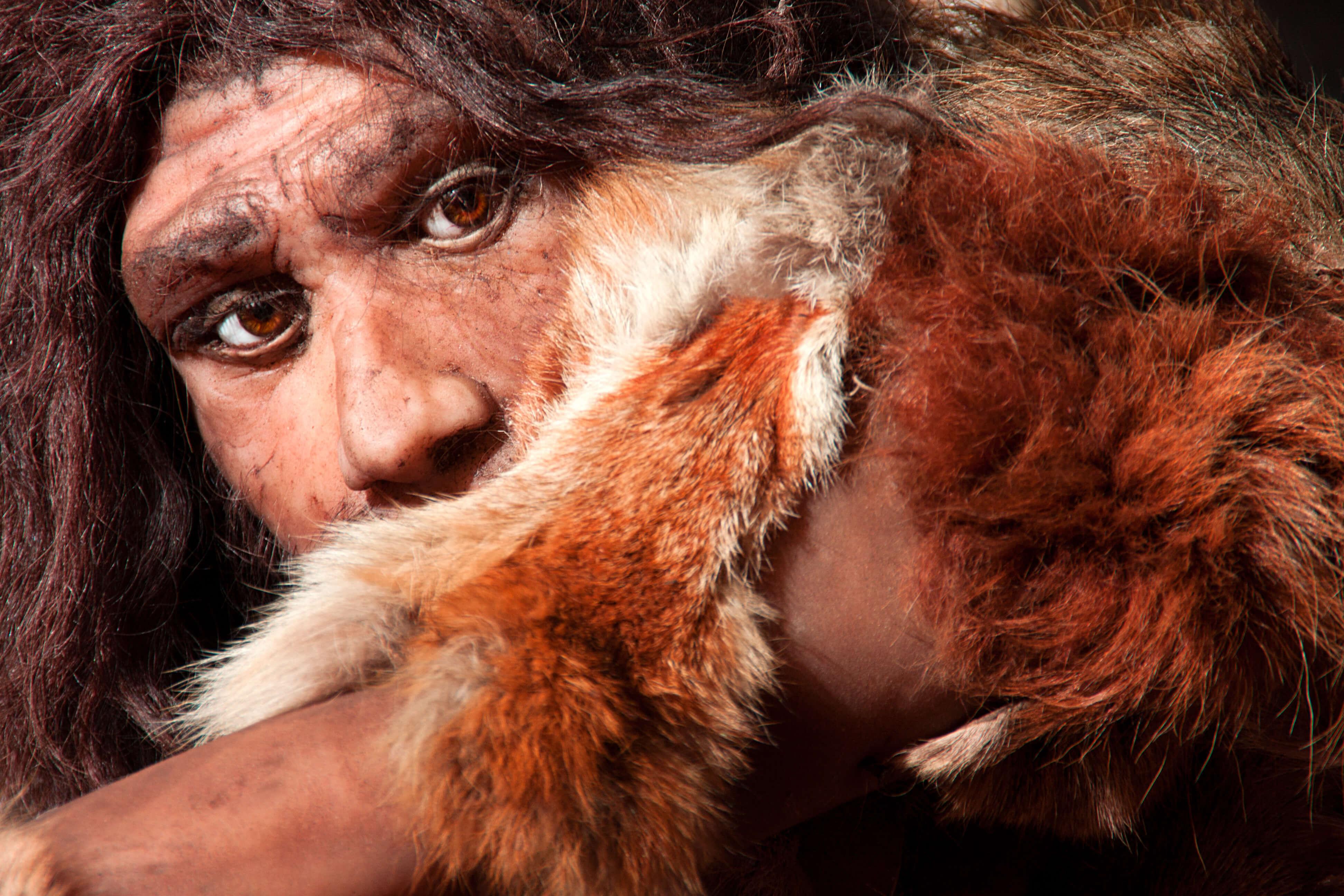 L'origine de la peur de parler en public a 235 000 ans.