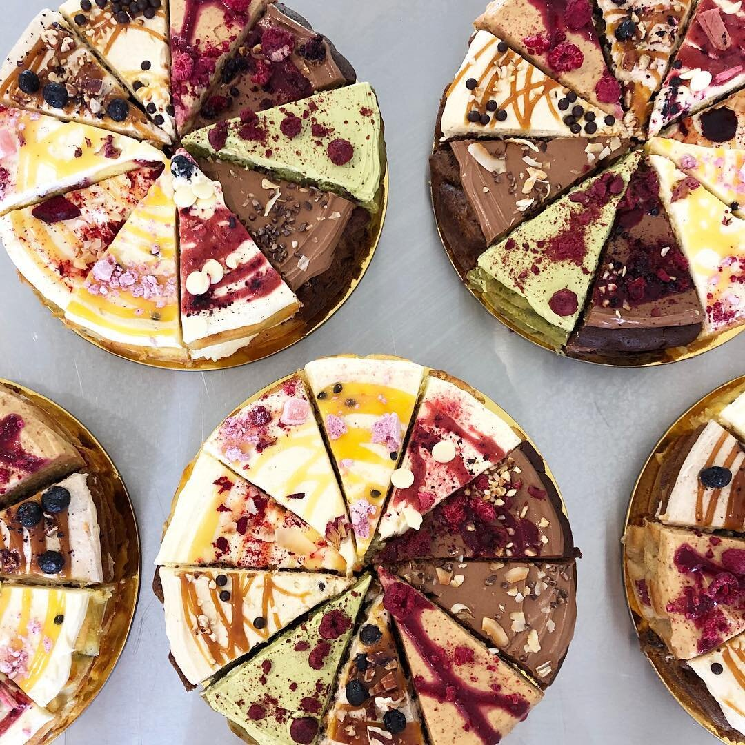 Degustation cakes from The Caker, source:  https://www.facebook.com/thecakernz/
