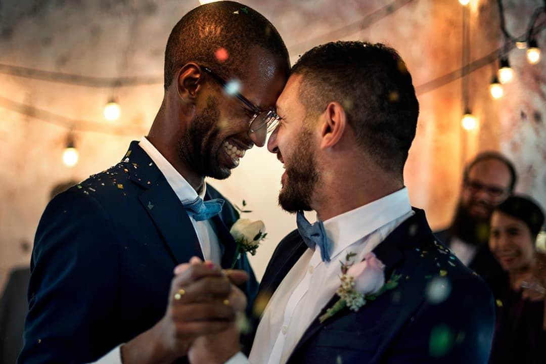 El matrimonio homosexual en España y la posibilidad de casarse hoy en día ante notario