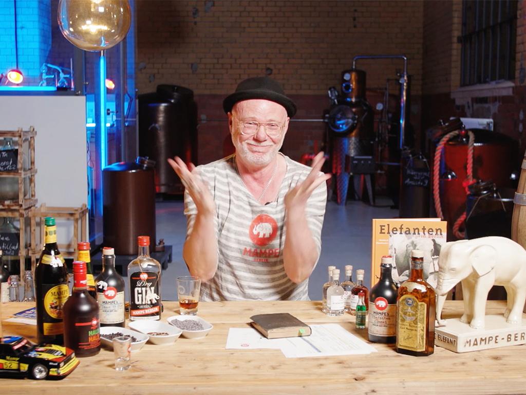 Tom von Mampe bei einer Tasting Live Show