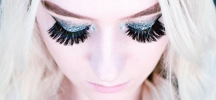 lice in fake eyelashes extensions