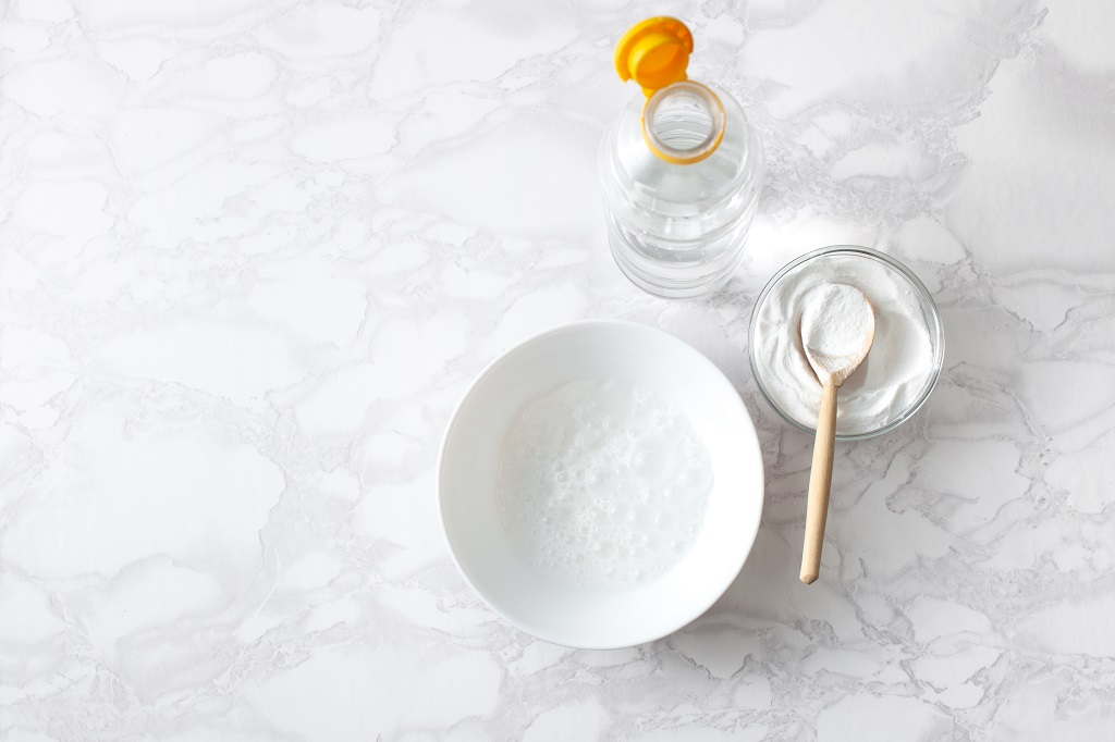 Can Salt and Vinegar Kill Lice