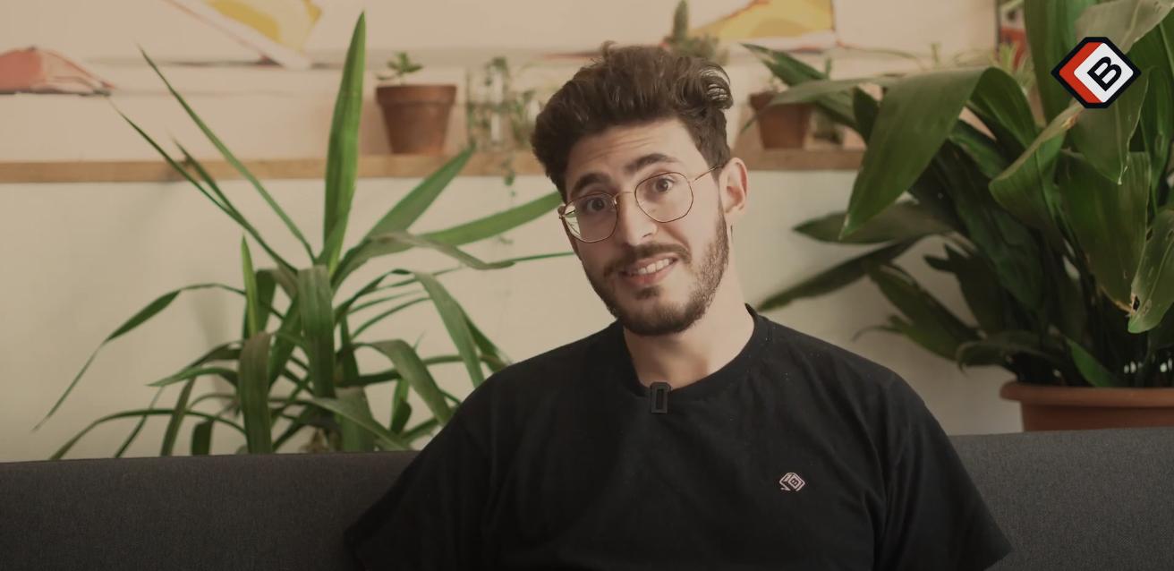 Pierre co-fondateur de la briqueterie explique ce que représente la formation à la briqueterie