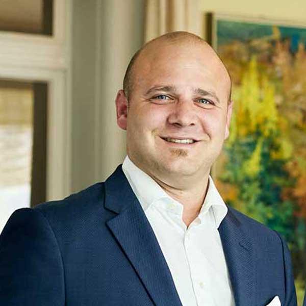 Bruno Affentranger, Hotel Manager