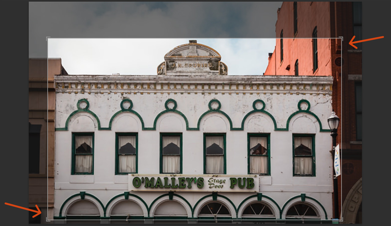 Using the cropping tool in Lightroom