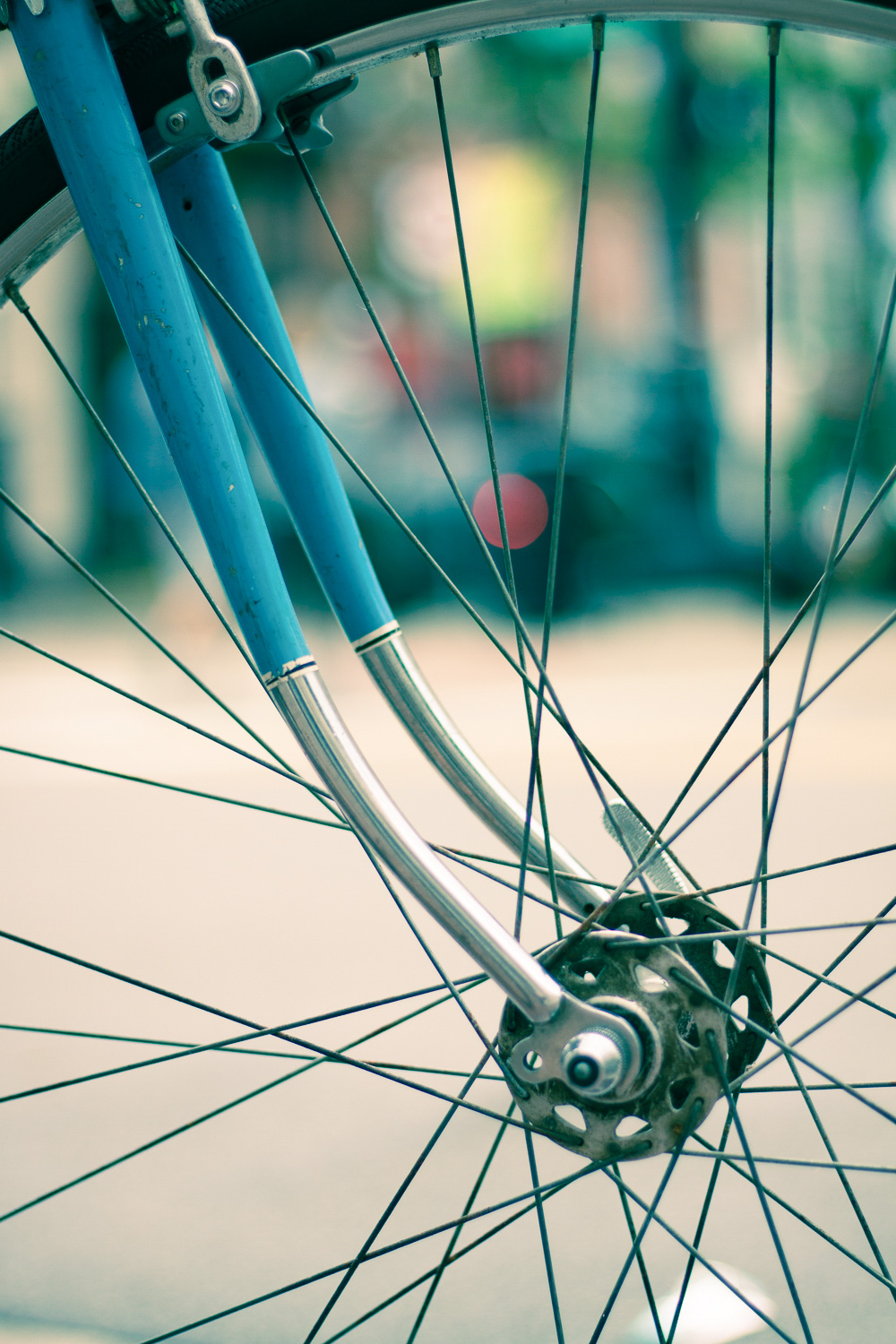 A bike wheel with slit toning applied to the photo
