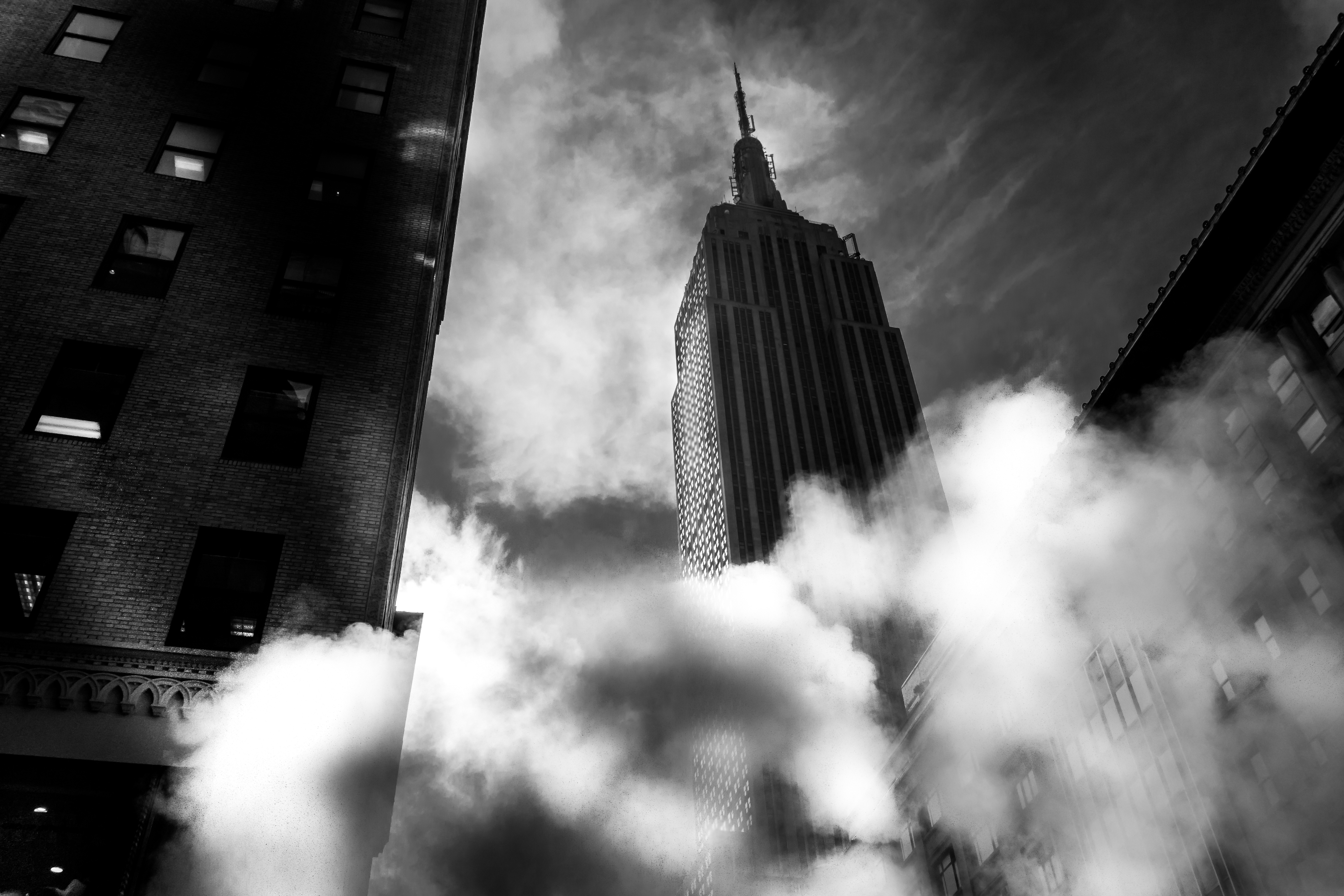Black and white photo of the Empire State Building, New York City