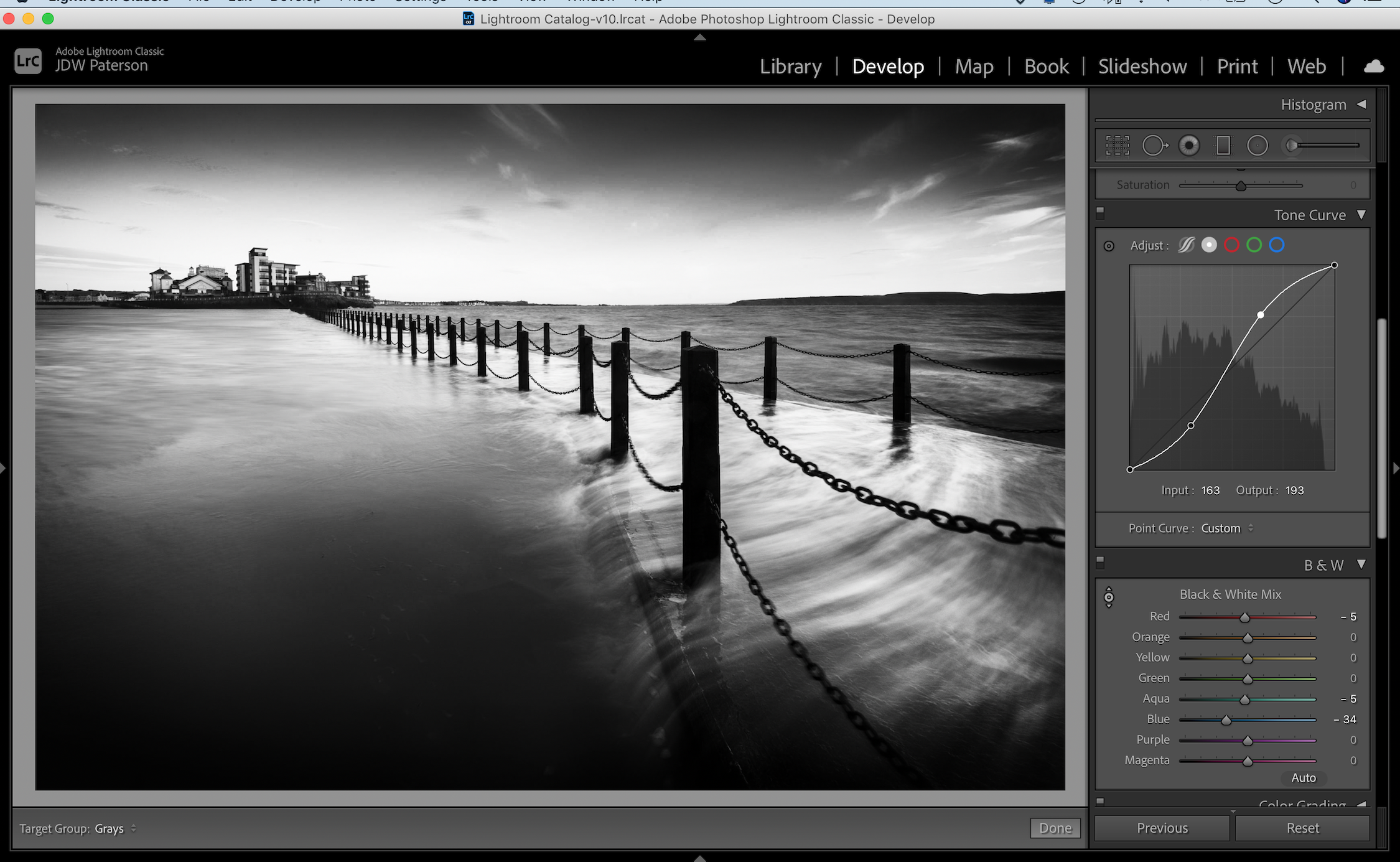 Screenshot showing the tone curve in Lightroom