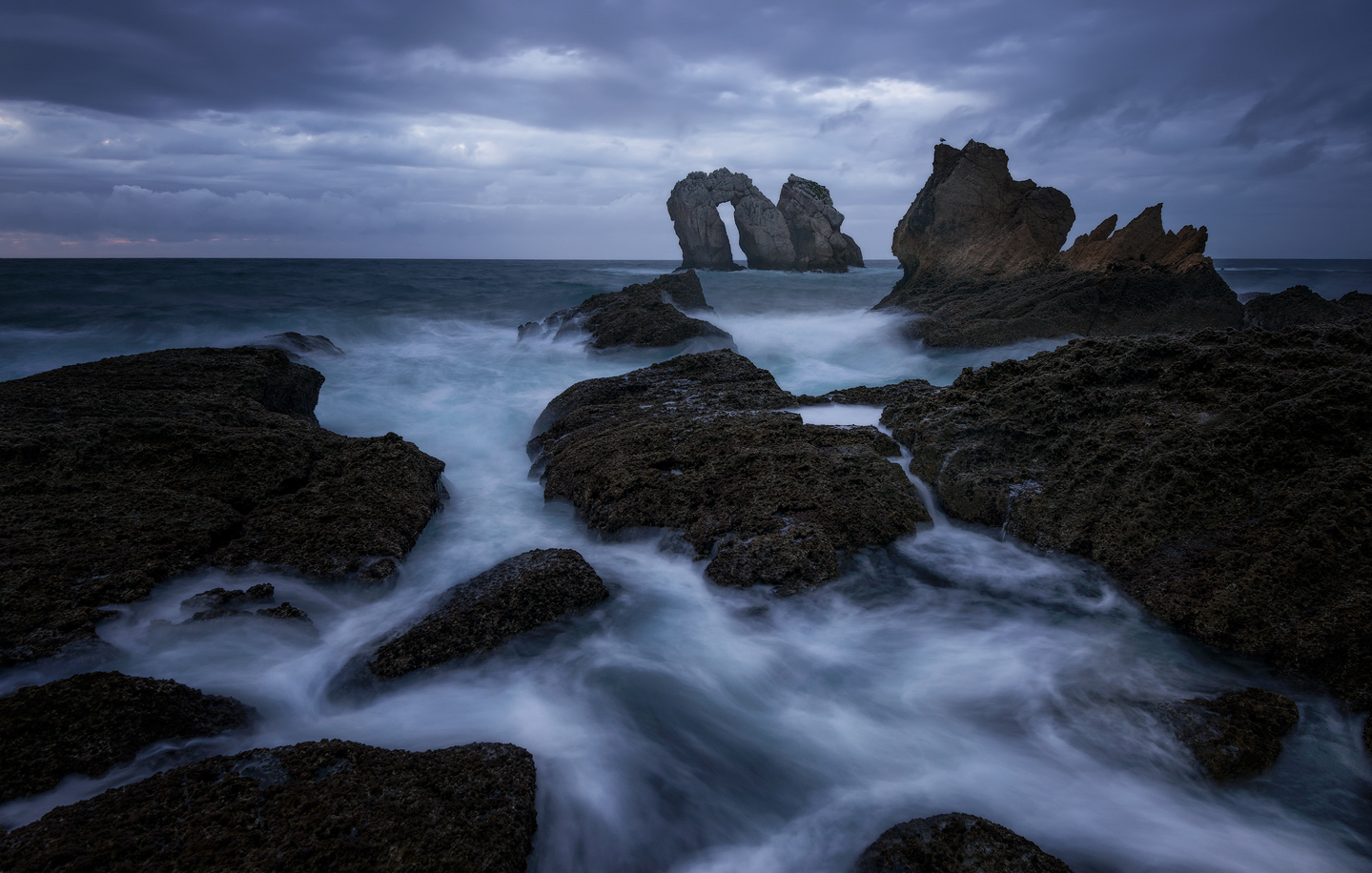 Seascape with rocks and waves
