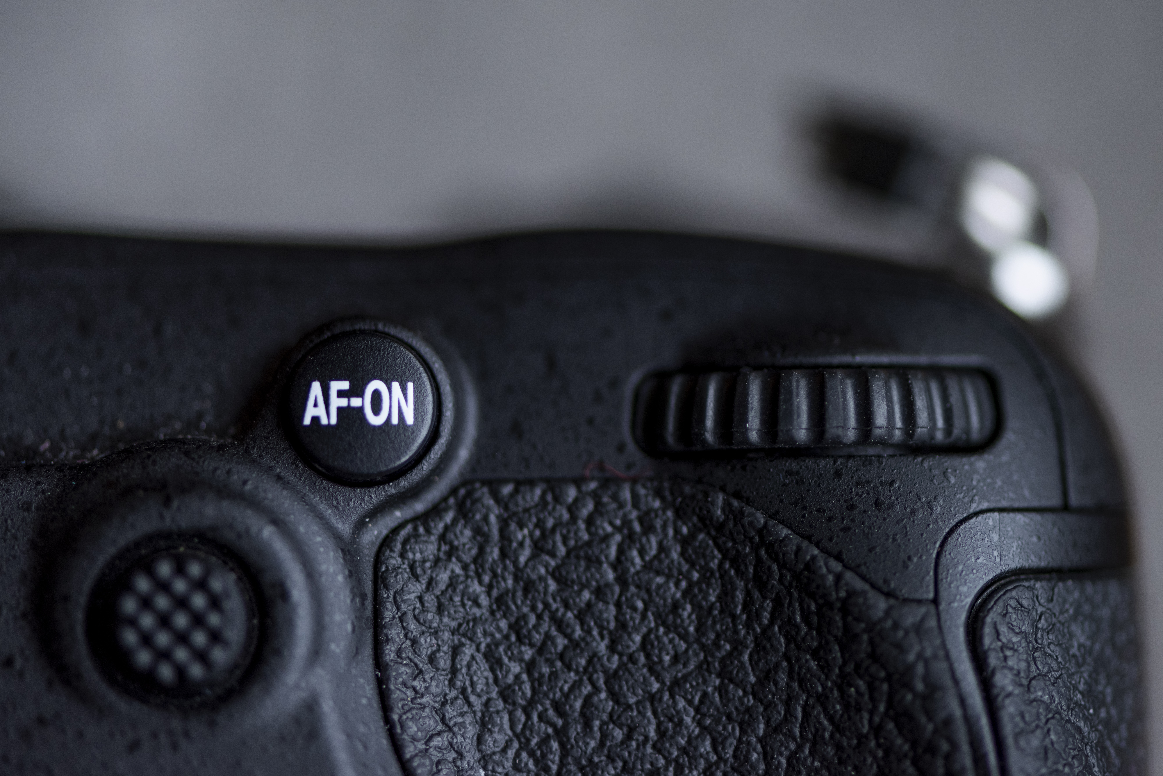 Close up of a DLRS with the AF-ON button