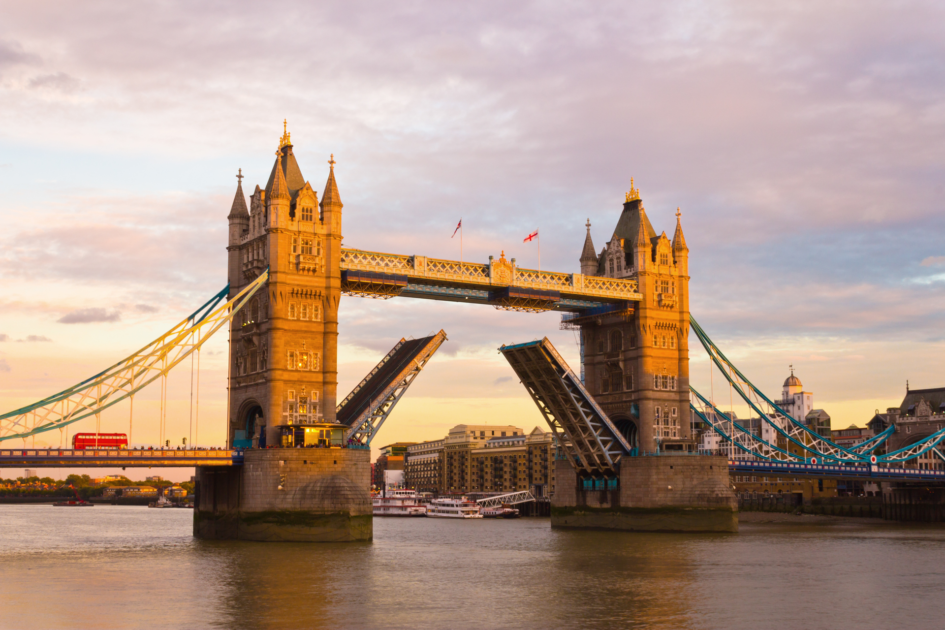 Tower Bridge at dusk in sRGB color space