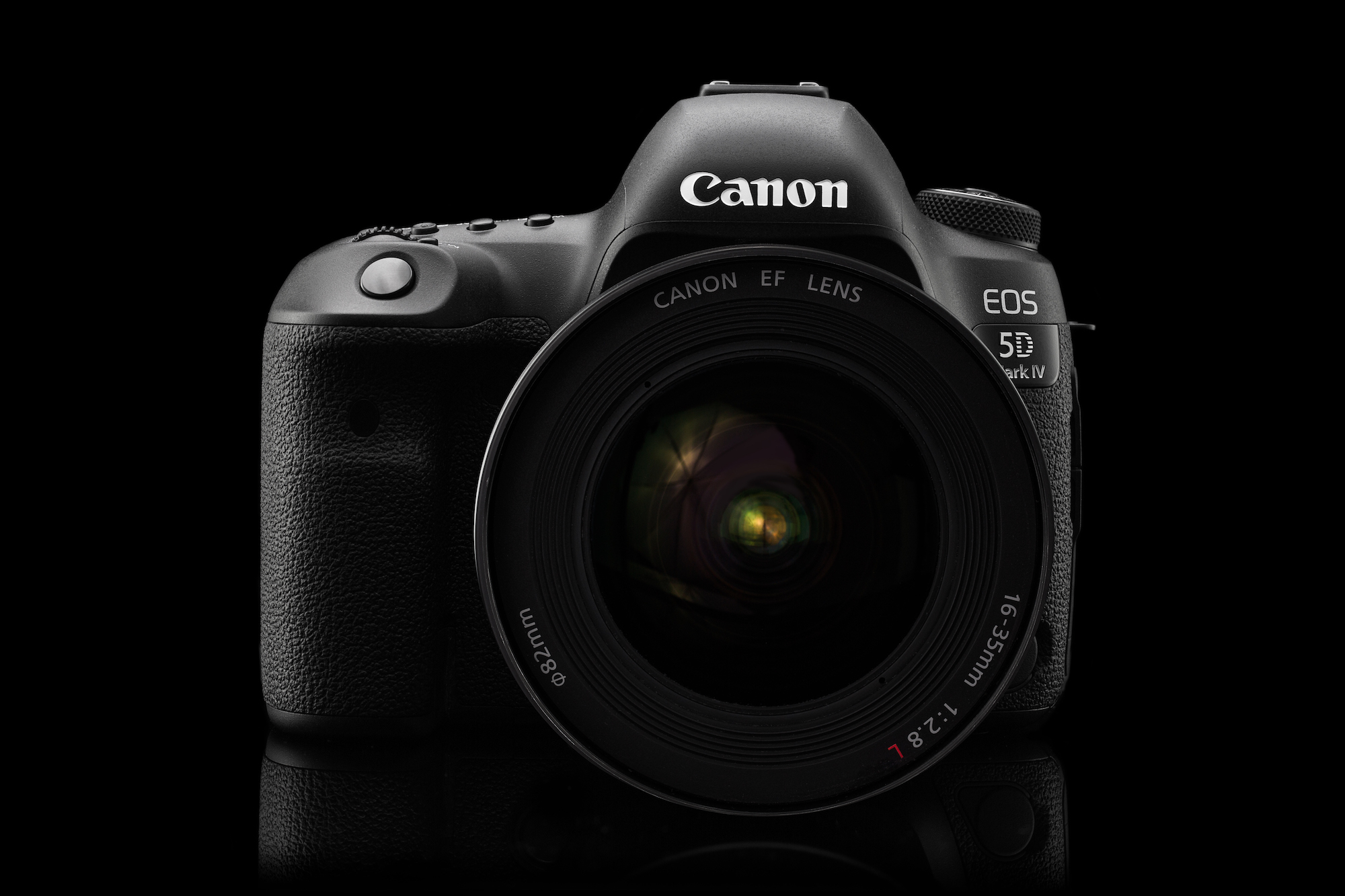 Studio shot of a Canon DSLR camera