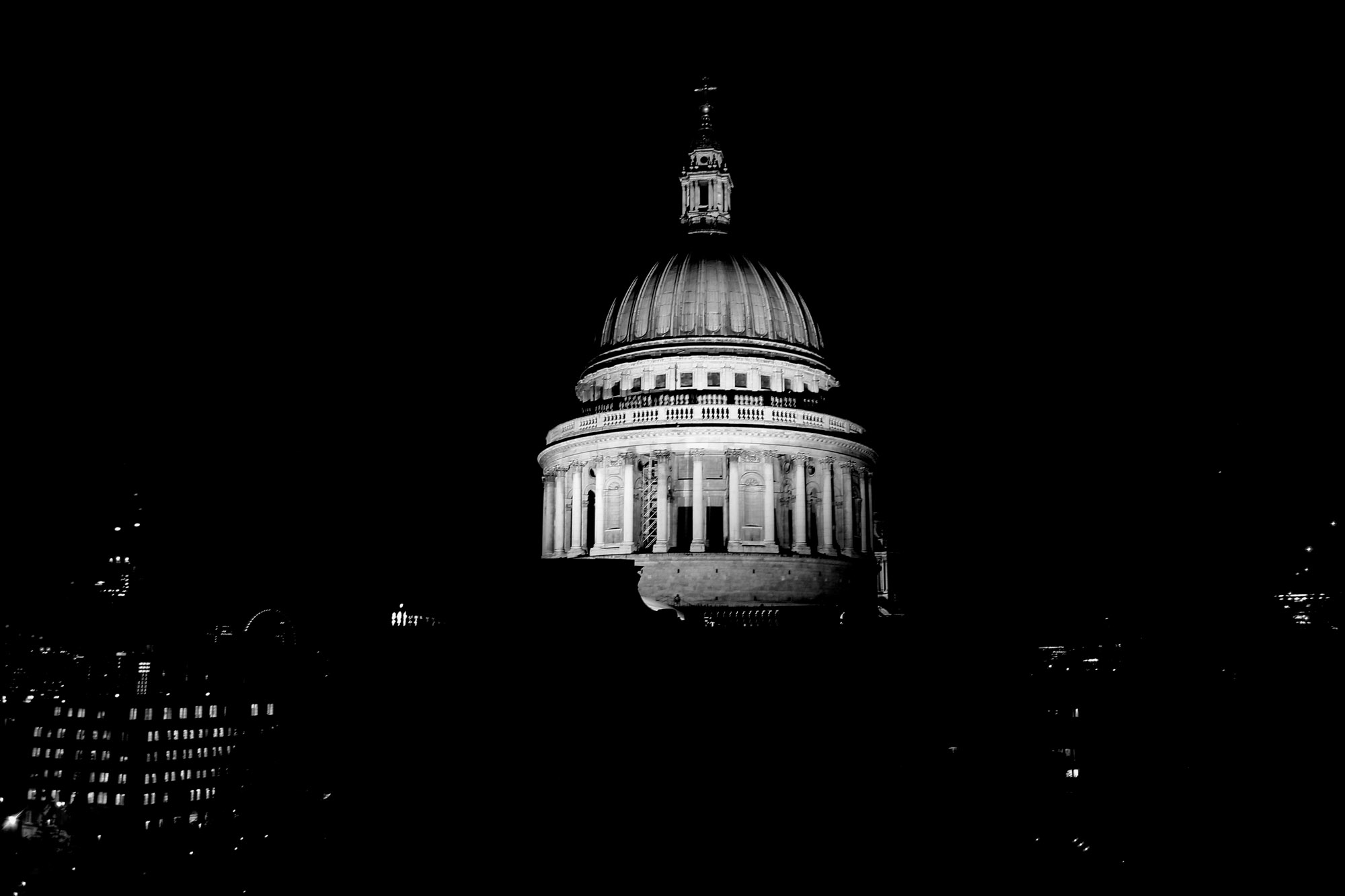 The dome of St. Paul's Cathedral London illuminated at night