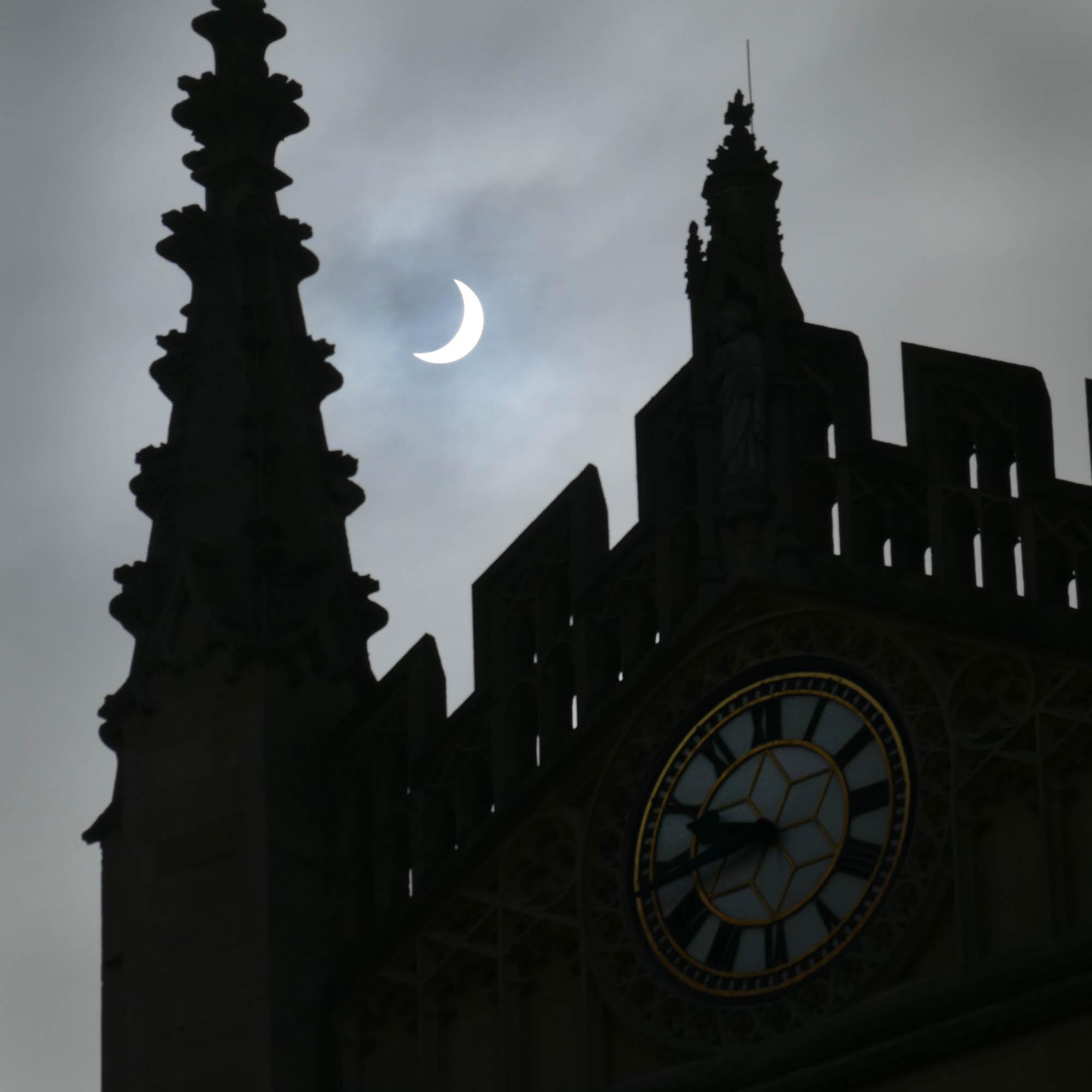 Partial Solar Eclipse, Bath Abbey roofline March 2015
