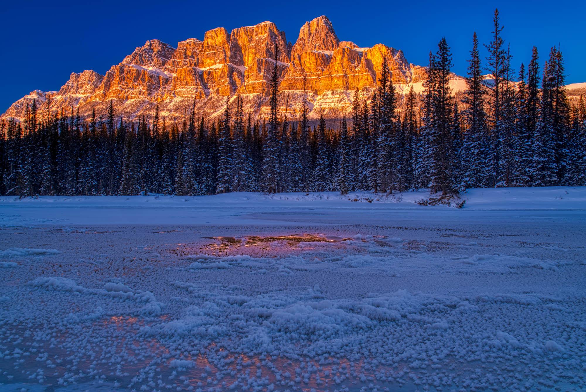 Castle Alpen Glow in Banff National Park, Canada